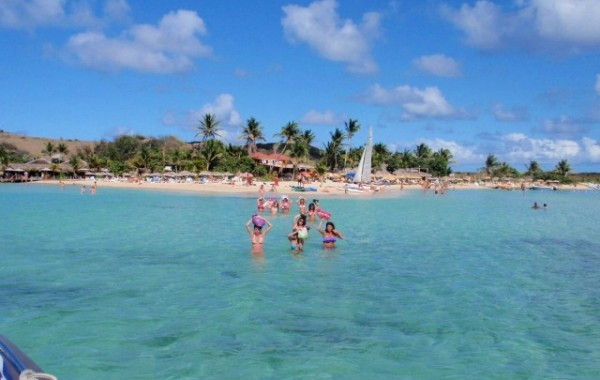 TOUR 1b: Bays around ST. MARTIN and TINTAMARRE/PINEL ISLAND, full day tour (~7 hours))